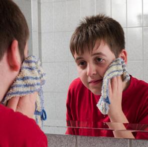 scrub acne